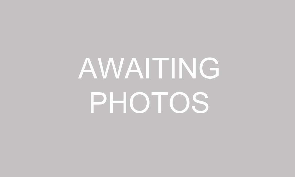 awaiting-photos